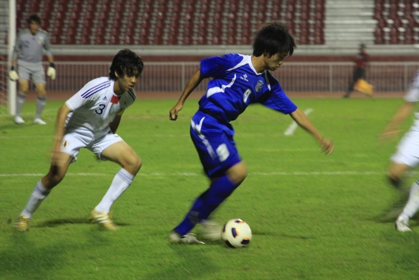 中華隊許恆賓進攻帶球回傳