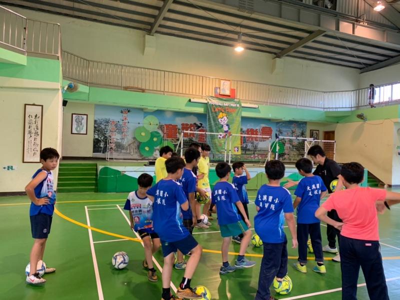 b_850_600_16777215_00_media_images_彰化草根足球教練講習0510_190511_0021.jpg
