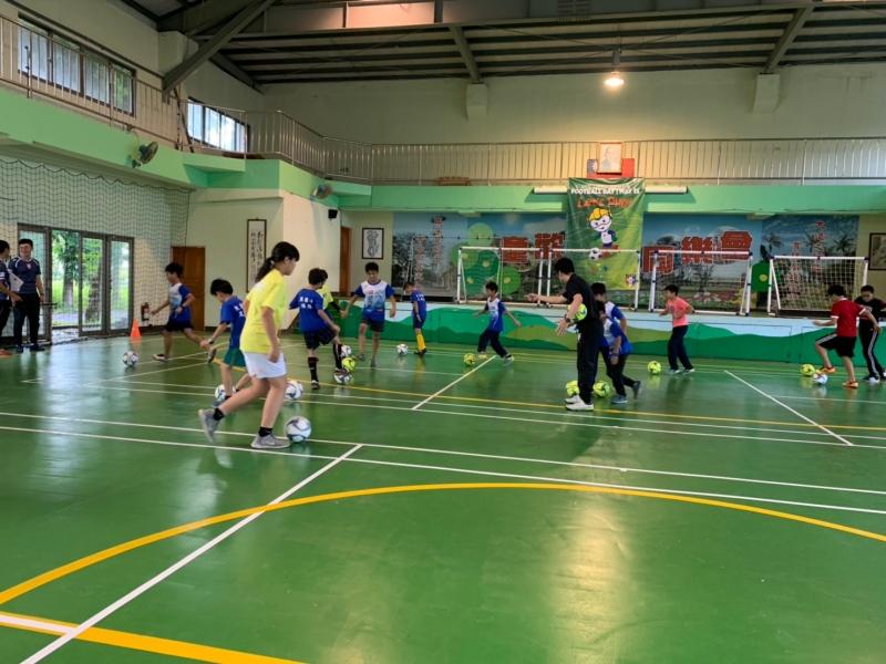 b_850_600_16777215_00_media_images_彰化草根足球教練講習0510_190511_0024.jpg