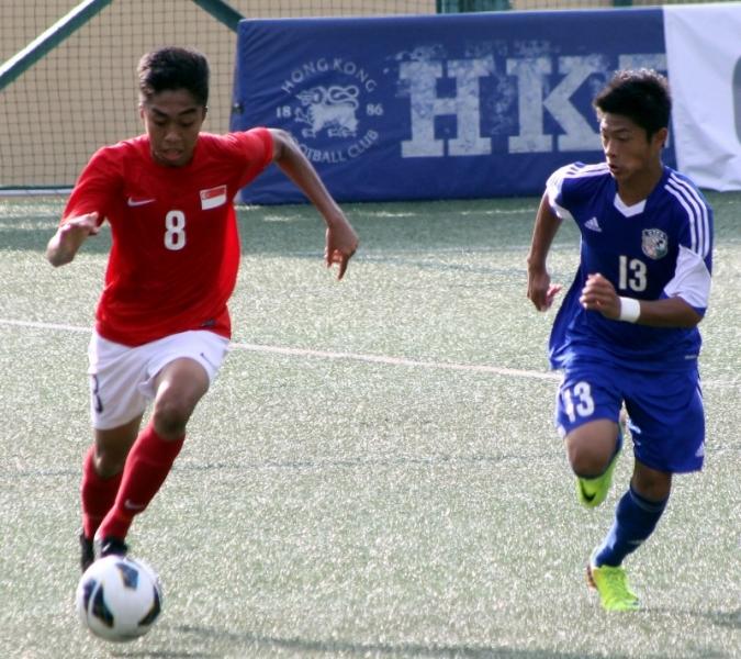 踢進新加坡第三球的奧安