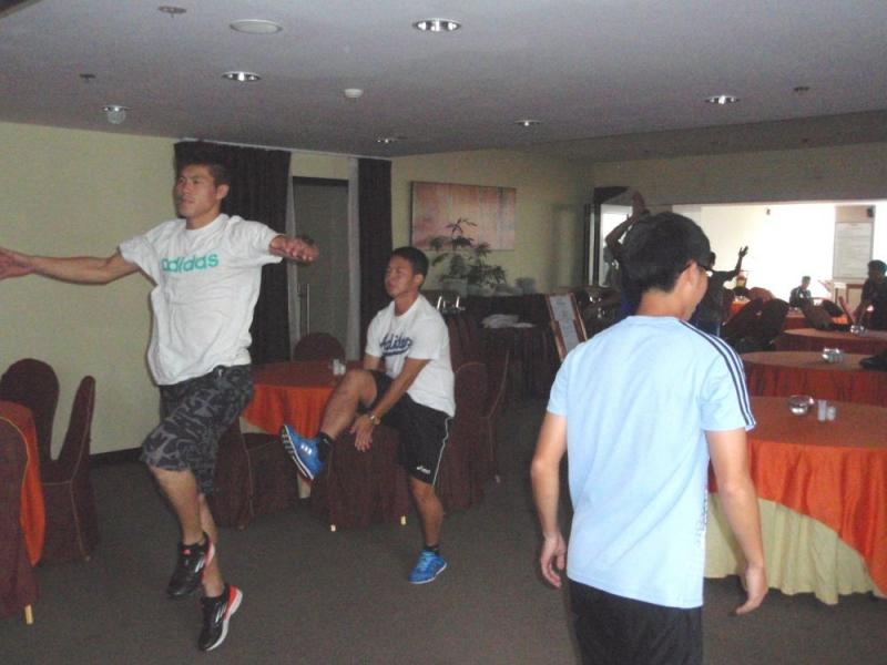 中華隊因雨無法至室外活動,改於飯店內餐廳進行活動。