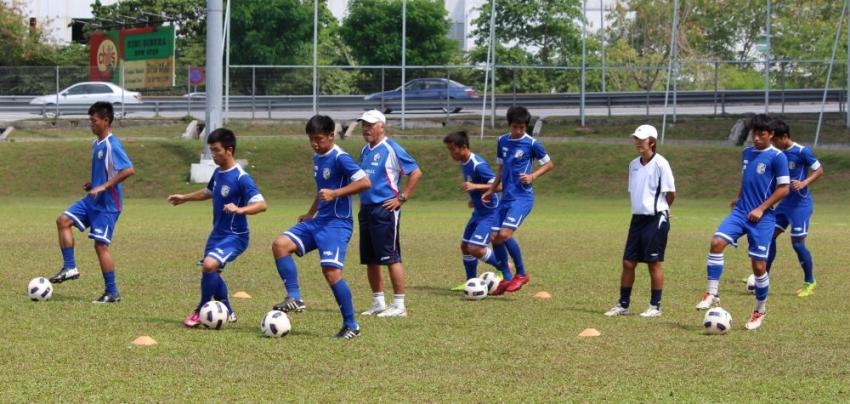 黑田總教練親自下場指導遞補球員